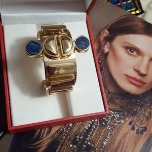 Jewelry - Edgy Gold Cuff
